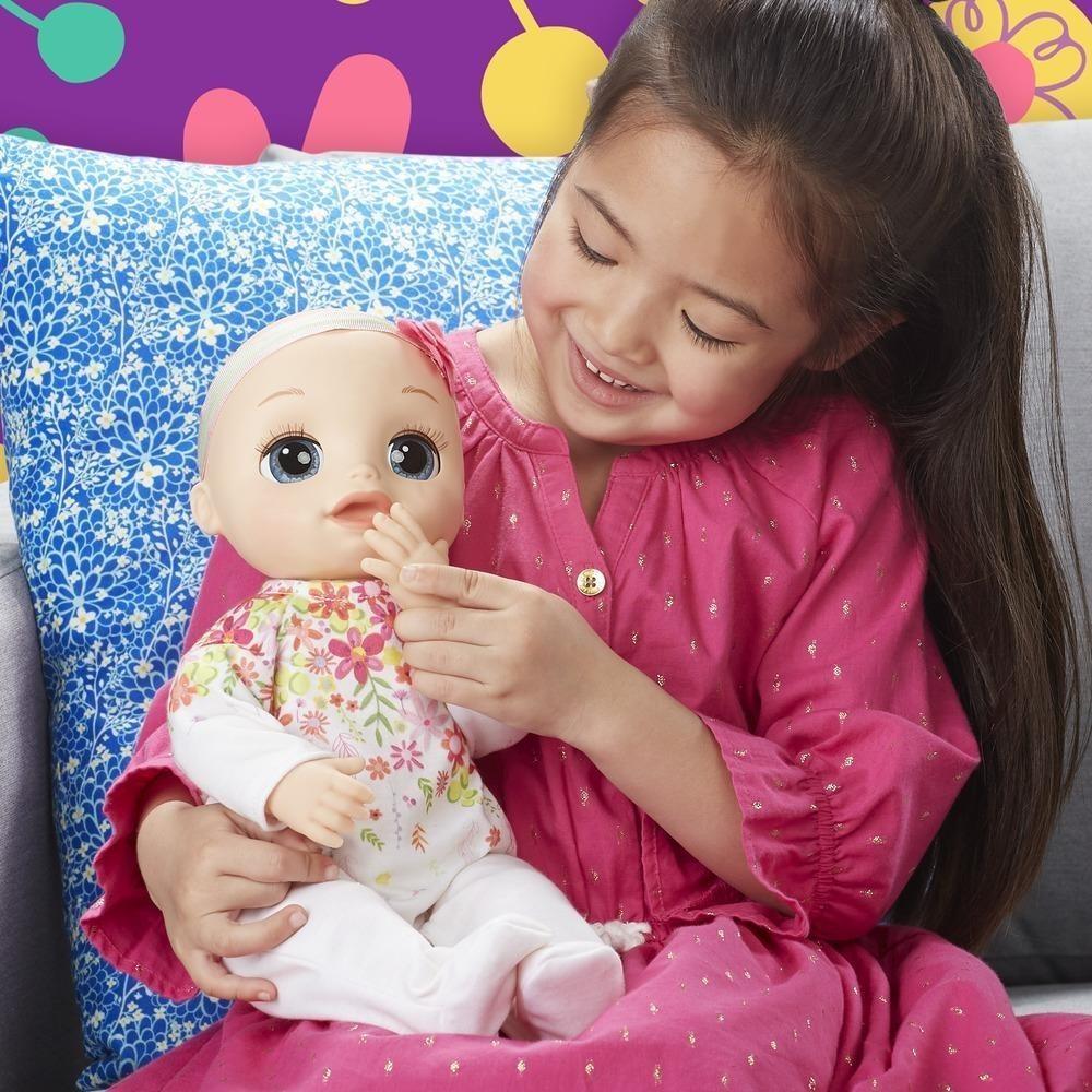 Кукла Hasbro Real As Can Be Baby E2352