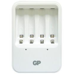 Зарядка аккумуляторных батареек GP PB420
