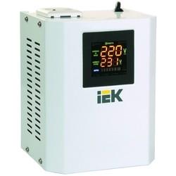 Стабилизатор напряжения IEK IVS24-1-00500