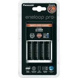 Зарядка аккумуляторных батареек Panasonic Smart-Quick Charger + Eneloop Pro 4xAA 2450 mAh